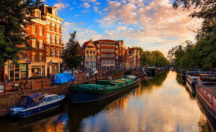 Kanallar Ülkesi Hollanda