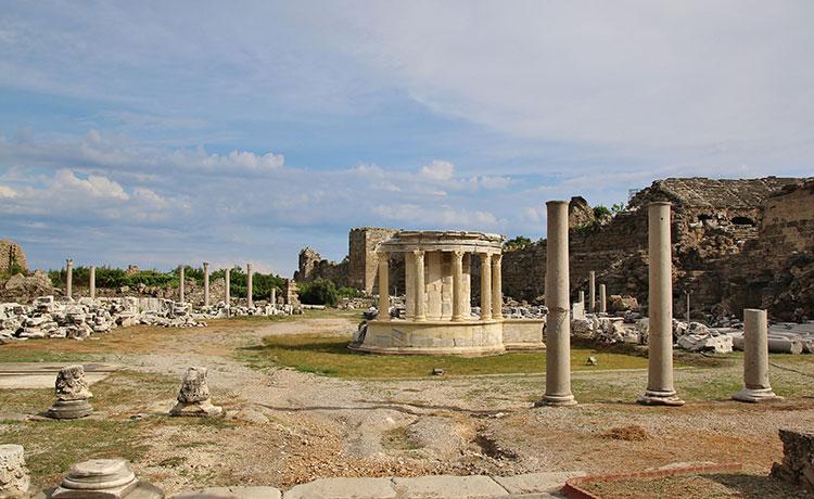 Akdeniz'in Turizm Başkenti Side